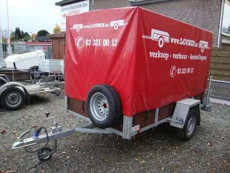 Aanhangwagen met huif huren bij Louben (Antwerpen)