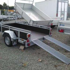 Bakaanhangwagen T750: Standaard Met Oprijplaten