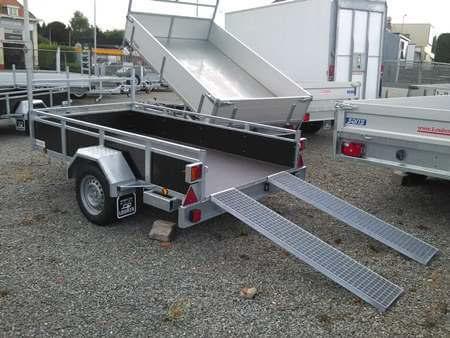 Bakaanhangwagen BCW T750 achterkant met oprijplaten
