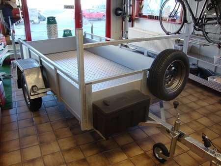 Bakaanhangwagen BCW T750 aluminium sponnen en vloer + materiaalbak