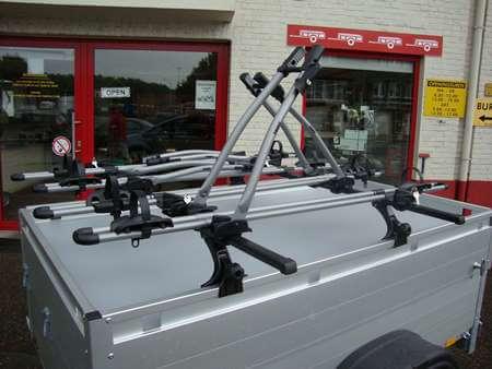 Fietsrek Thule 532 op GT bagage aanhangwagen